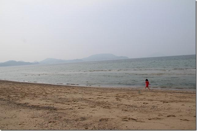 子供と糸島の海岸
