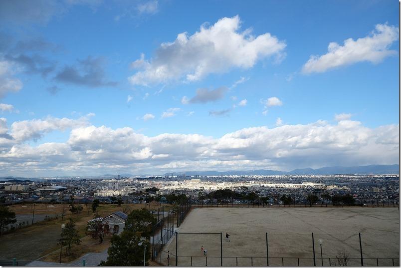 冬の福岡市街地を展望