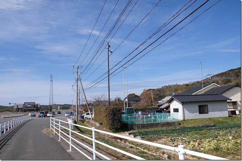 糸島、小富士梅林の駐車場