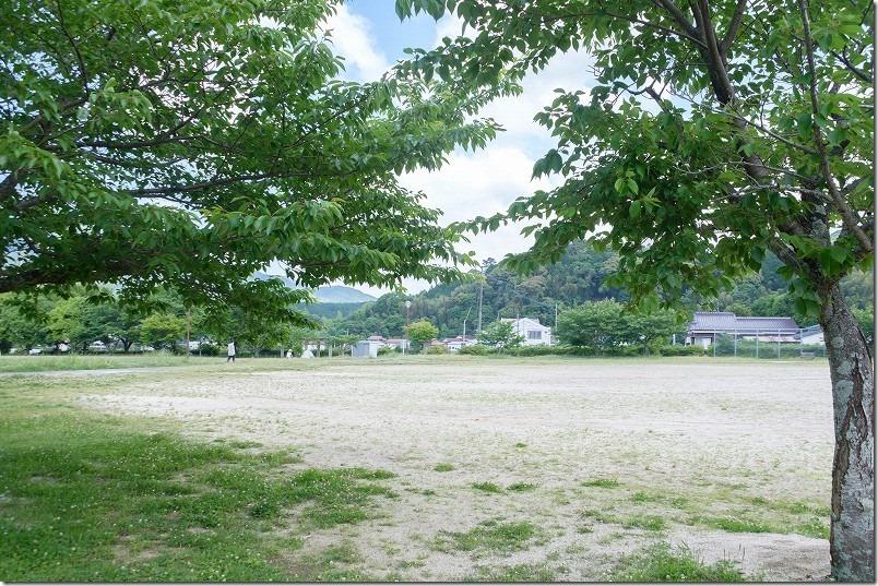 脇山中央公園の広場、福岡市早良区